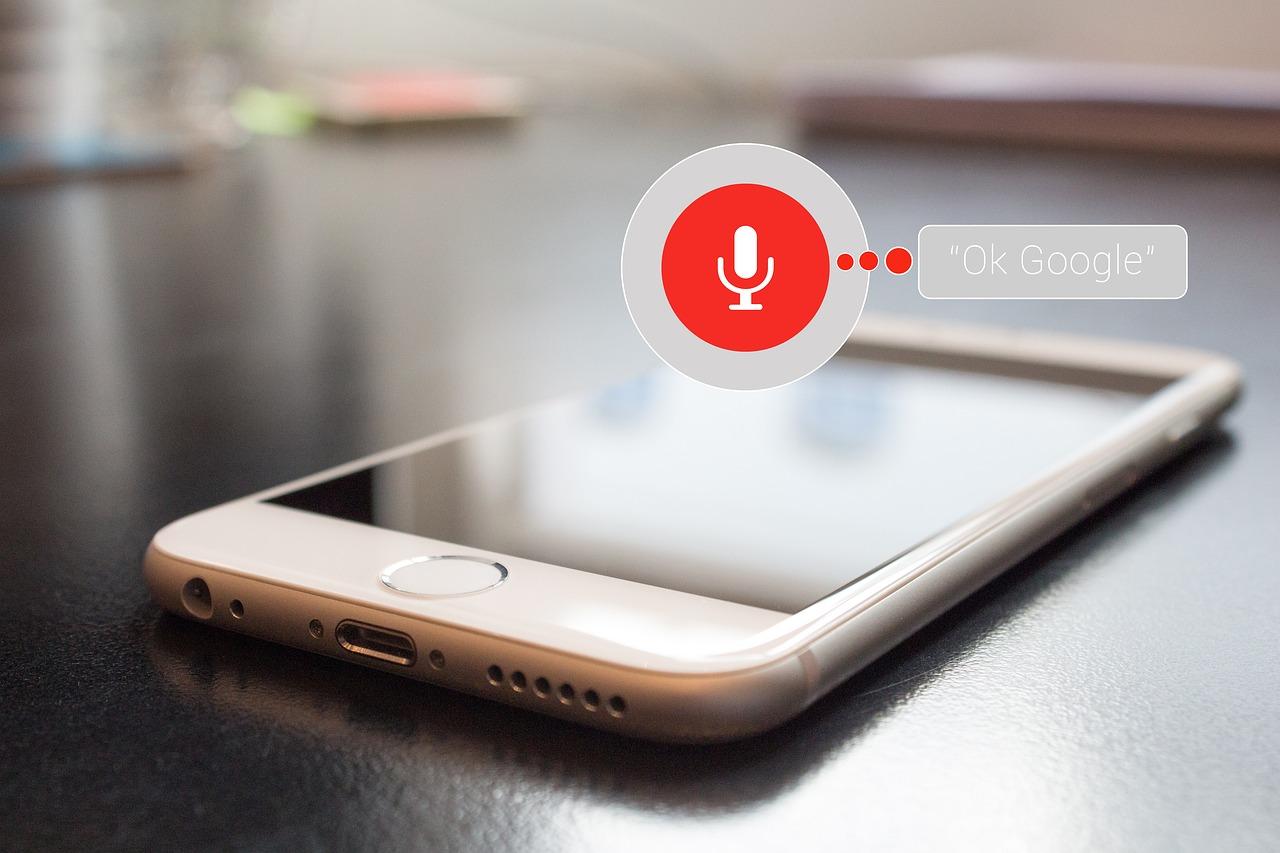 Comment optimiser une fiche produit pour la recherche vocale
